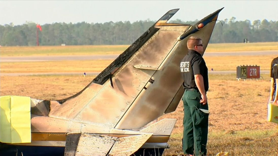 'Several deaths' after twin-engine plane crashes at Florida airport