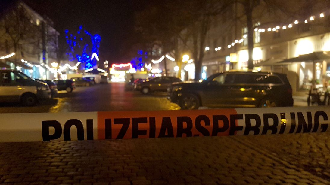 Potsdam police evacuated the market after a suspicious object was found