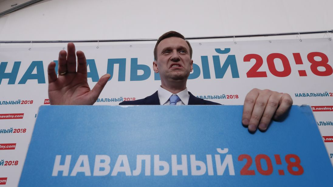 Alexei Navalny needs a special dispensation or have his conviction overturned to run