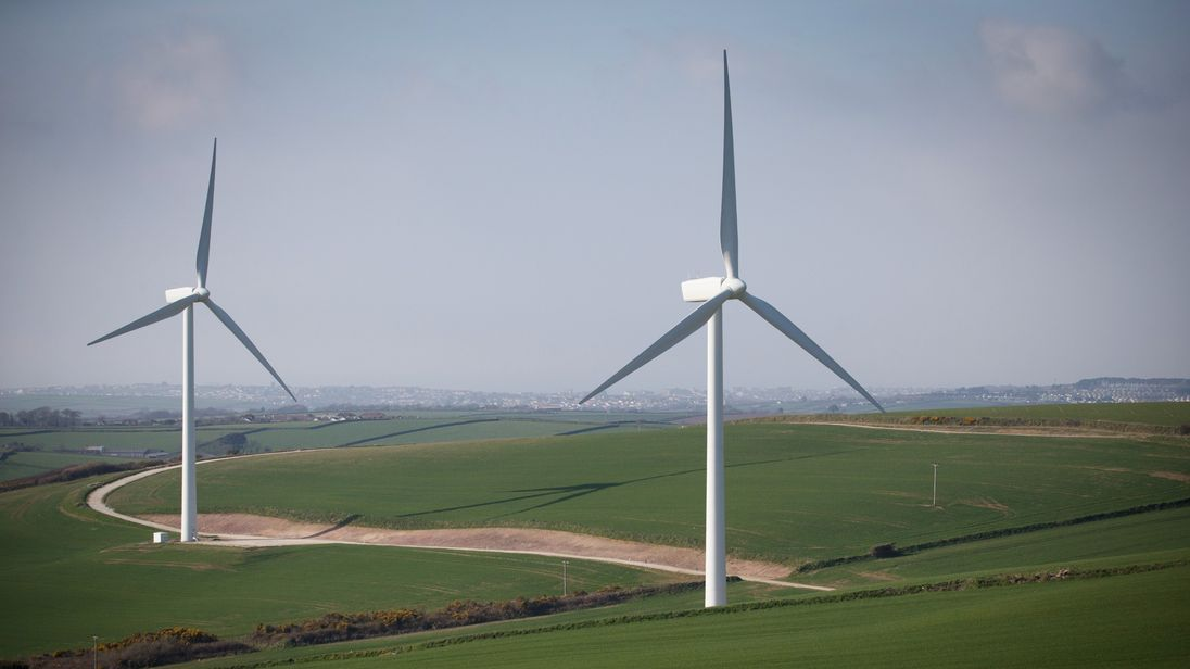 Record year for renewable energy as low carbon sources top 52pc
