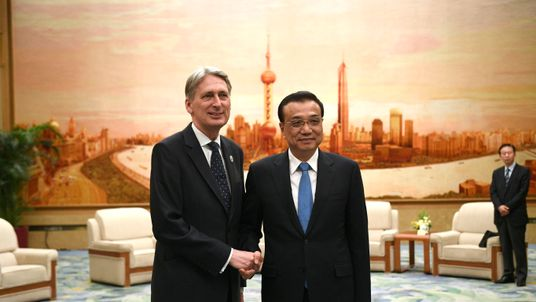 Philip Hammond and Chinese Premier Li Keqiang in Beijing in May