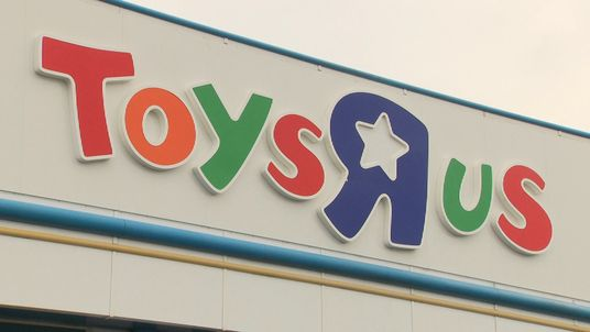 Toys R Us employs 3,200 staff in the UK