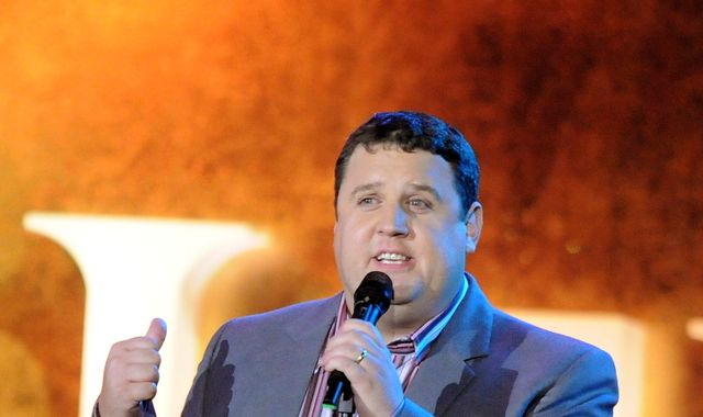 Peter Kay announces comeback - three years after pulling out of tour