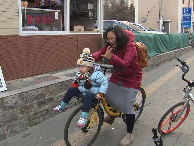 Many people still make good use of the shared bikes