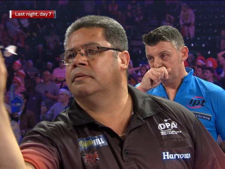 Taunton's Justin Pipe sets up second round clash with Phil Taylor