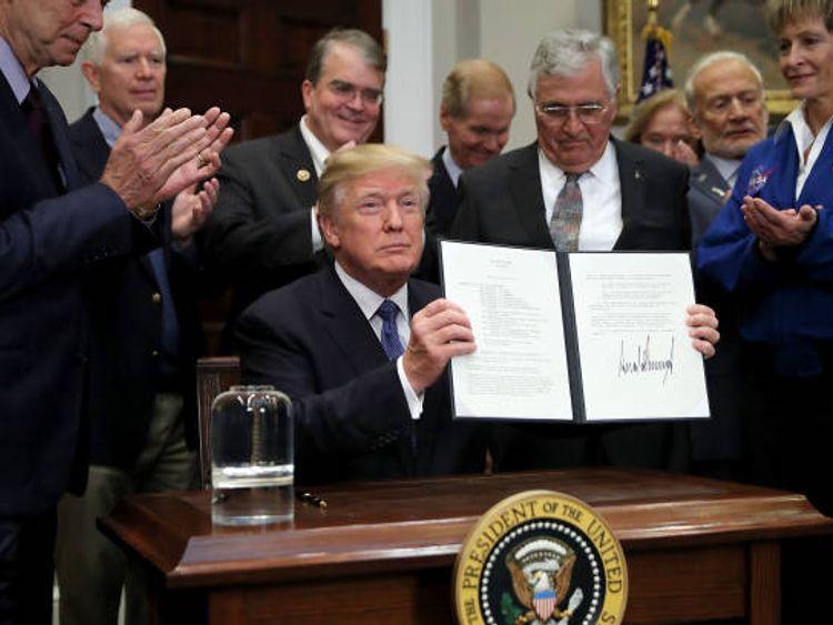 Trump orders NASA to return to Moon