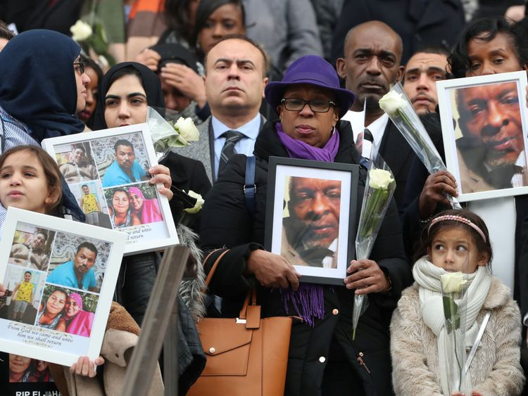 Mourners pay their respects outside St Paul's Cathedral