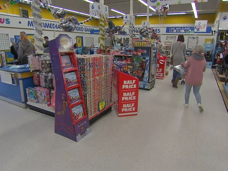 Why It Is Not Fun And Games At Toys R Us News Agency Vector News