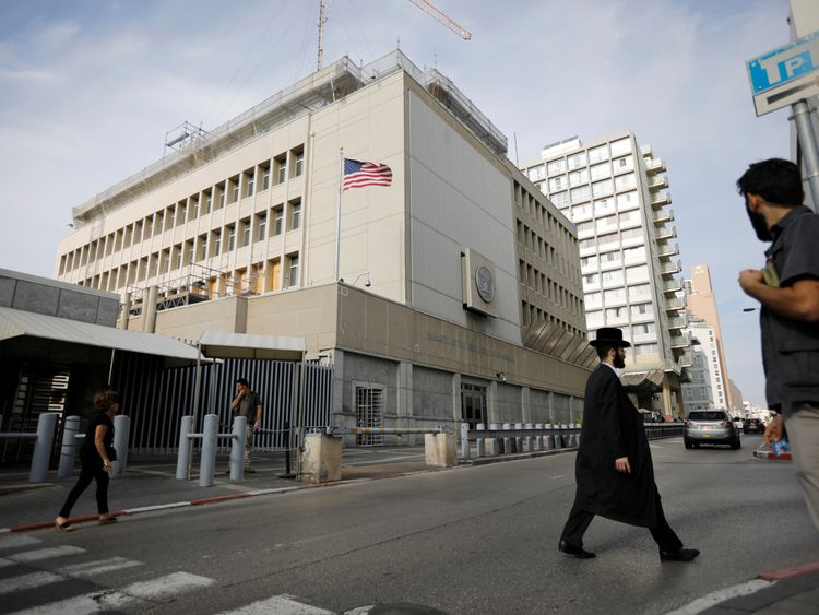 Why does Donald Trump want to move the US embassy in Israel