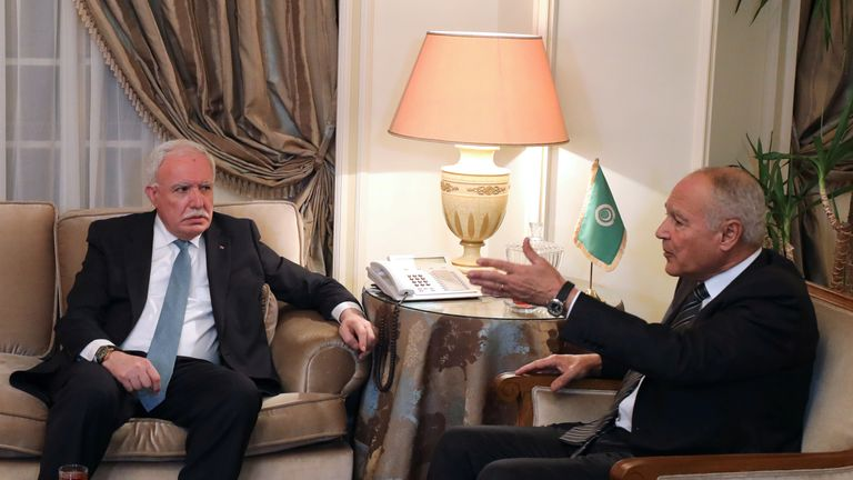 Riyad al Maliki and Ahmed Aboul-Gheit ahead of the emergency meeting in Egypt