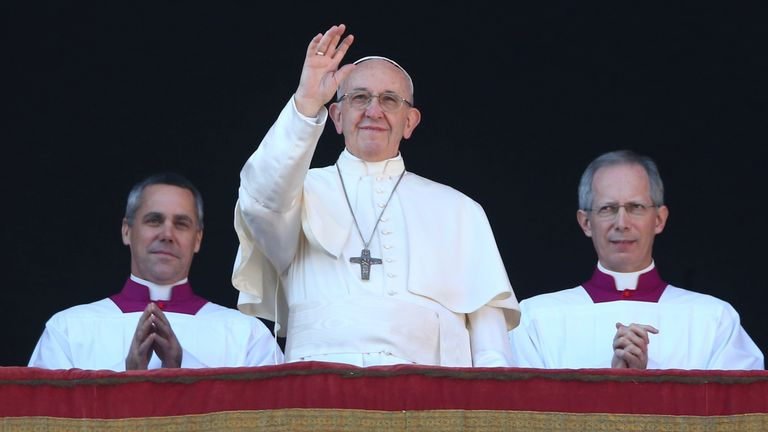 "Pope Francis gives his traditional ""Urbi et Orbi"" Christmas address"