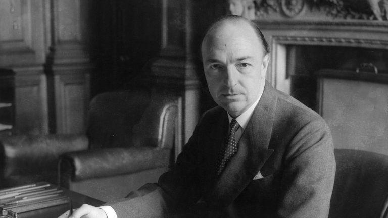 John Profumo was secretary of state for war