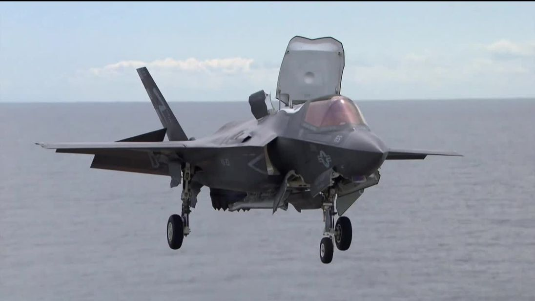 What is it like to fly an F-35 fighter jet?