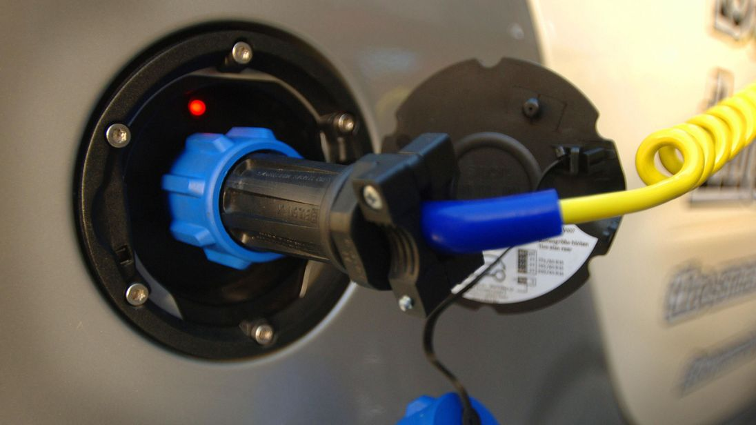 The trial is testing electric car charging points able to put electricity back into the gird