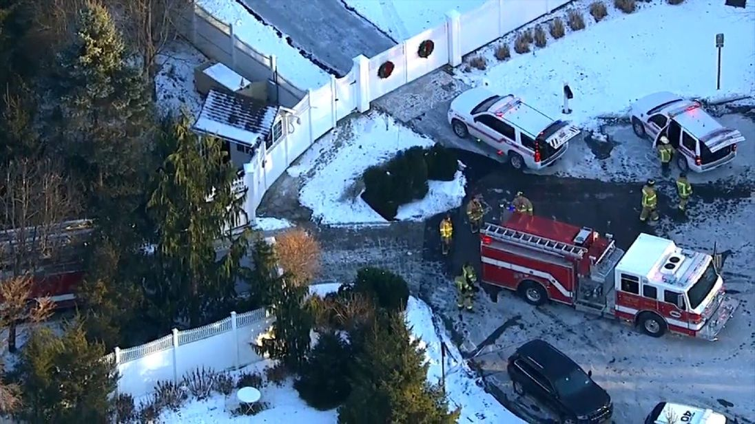Blaze at Hillary Clinton's house in Chappaqua; fire in bedroom quickly extinguished
