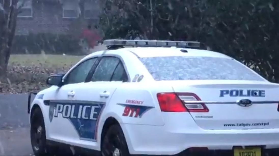 Snow falls in Tallahassee, Florida. Pic: Tallahassee Police