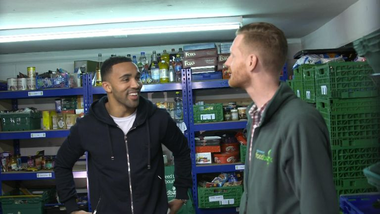 Callum Wilson reveals all about his Bournemouth teammates to Tubes.