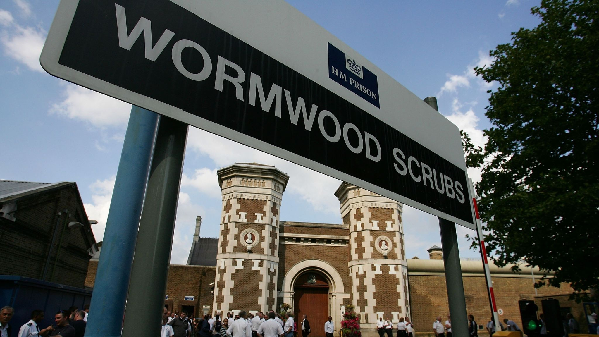 Wormwood Scrubs attack: Three men charged with murder after inmate ...