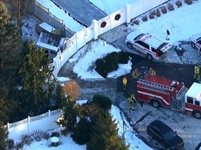 Fire crews seen outside the home of Bill and Hillary Clinton. Pic: ABC