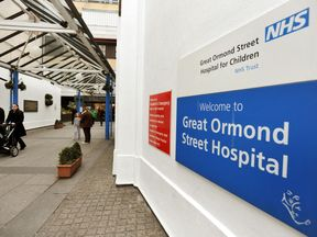 Great Ormond Street Hospital sign