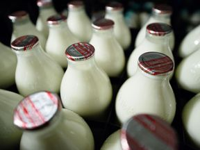 In 1975, 94% of milk came in glass bottles
