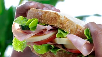 UK sandwich habit 'as bad for the environment as eight million cars'