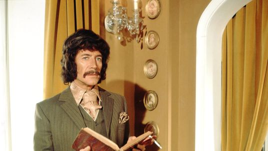 Peter Wyngarde in 'Jason King', 1971