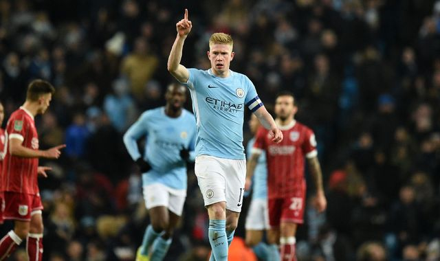kevin de bruyne signs new manchester city deal until 2023