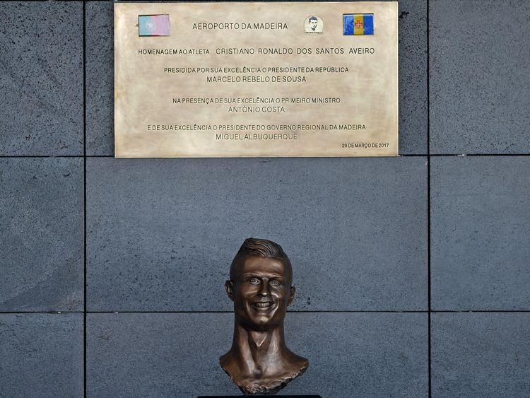 The bust stole the show at the renaming ceremony, for the wrong reasons