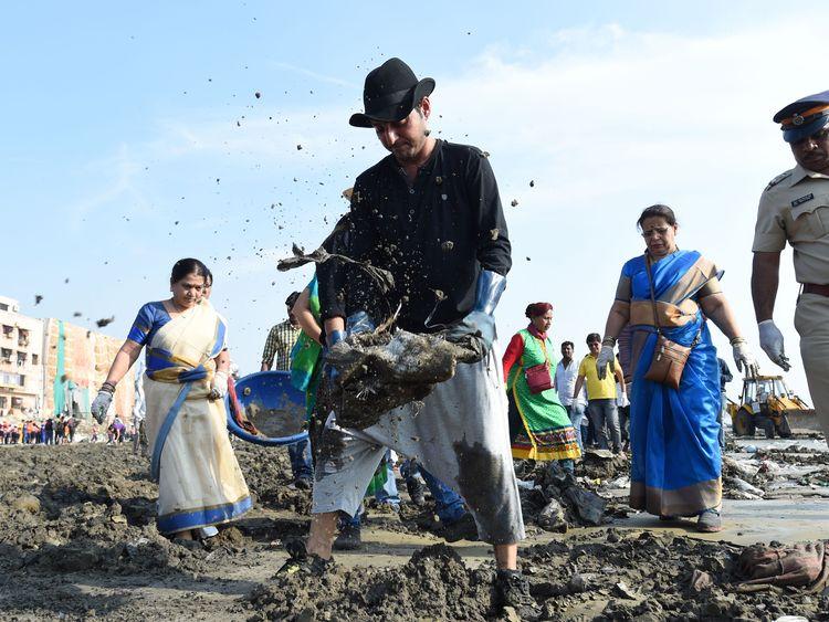 Mumbai Beach 1