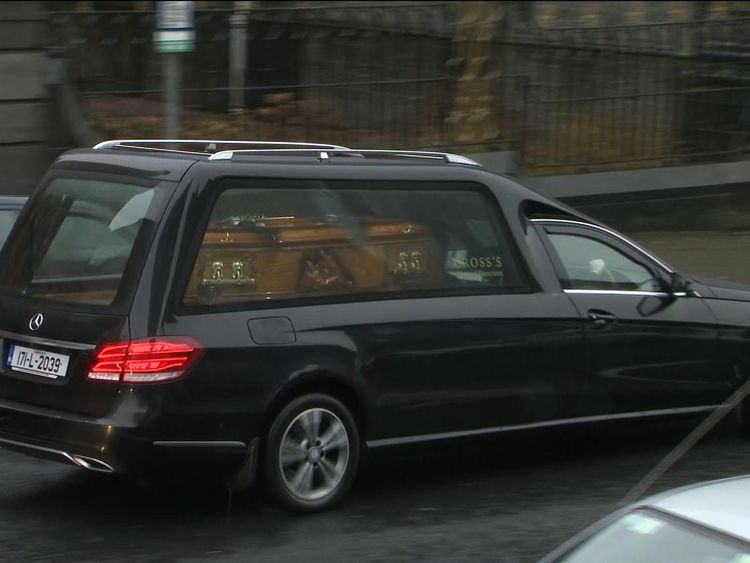 Dolores O'Riordan's casket arriving at the church