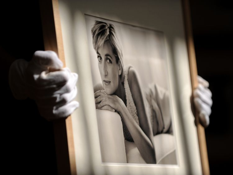 A picture of Princess Diana taken by Mario Testino in 1993