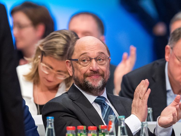 Germany coalition talks: SPD membership spike sparks concern