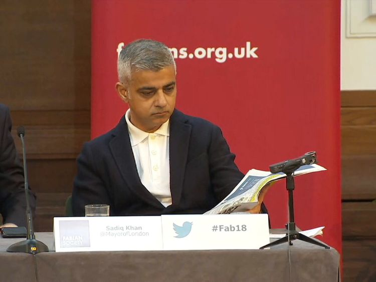Sadiq Khan's speech disrupted by Trump supporters