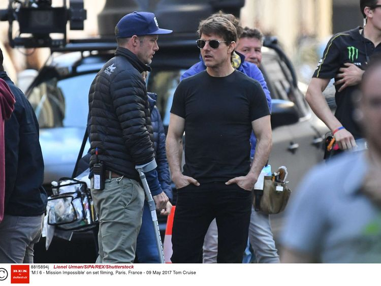 Cruise shooting Mission: Impossible 6 in Paris