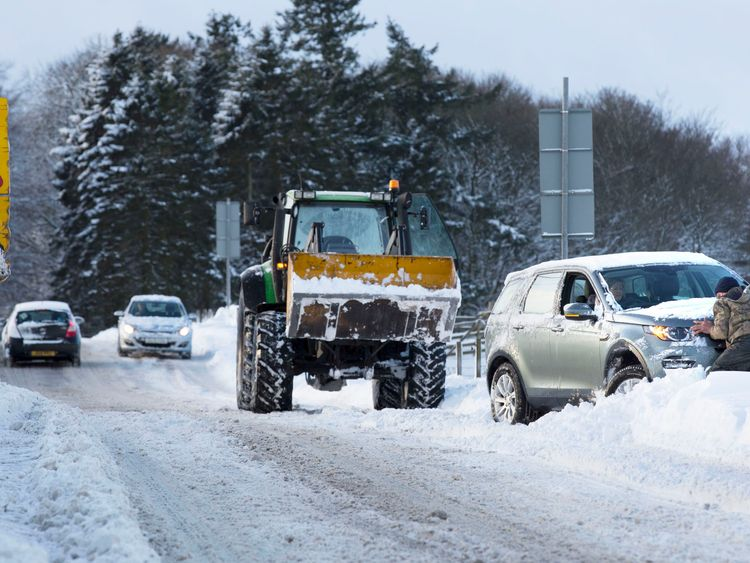 AA blames snow and potholes for breakdown in profits