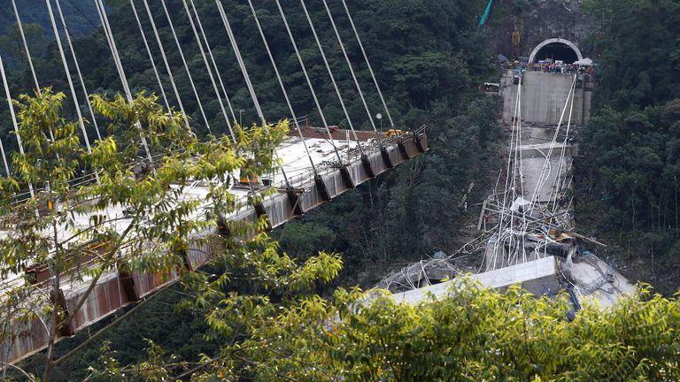 Colombia bridge collapse 2