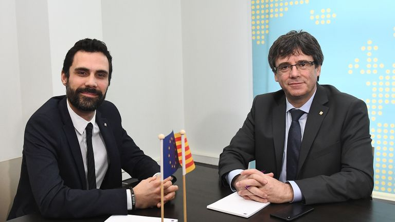 Cataln speaker and puigdemont