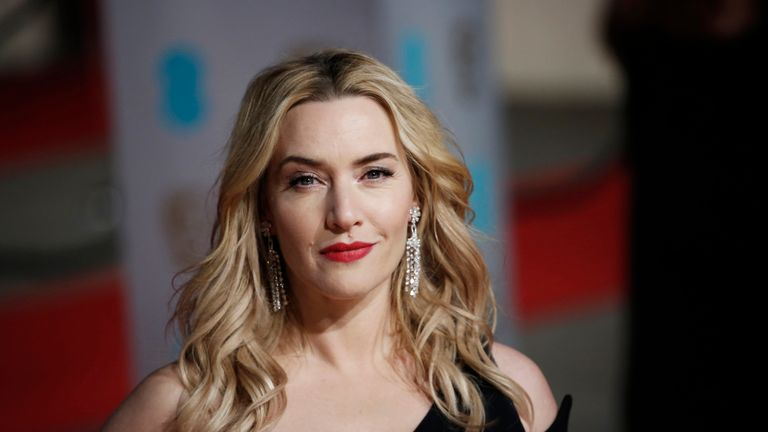 LONDON, ENGLAND - FEBRUARY 14: Kate Winslet attends the EE British Academy Film Awards at The Royal Opera House on February 14, 2016 in London, England. (Photo by John Phillips/Getty Images)