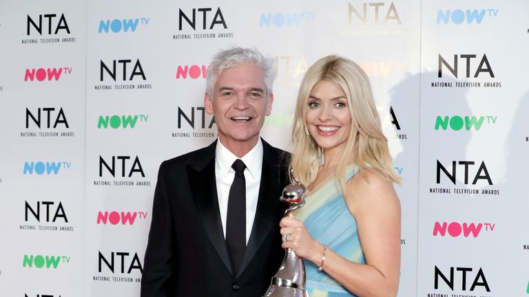Phillip Schofield and Holly Willoughby with the award for Best Daytime for 'This Morning'