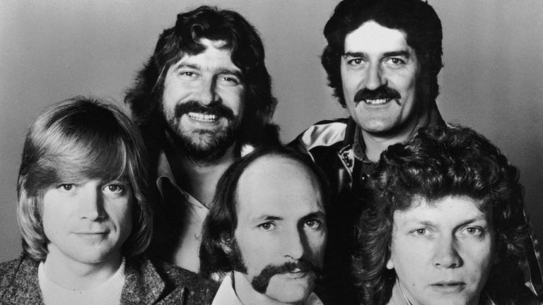 British rock group The Moody Blues, 26th July 1978. Clockwise from top left, Graeme Edge, Ray Thomas, John Lodge, Mike Pinder and Justin Hayward. (Photo by Keystone/Hulton Archive/Getty Images)