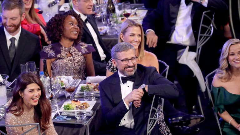 LOS ANGELES, CA - JANUARY 21: (Bottom L-R) Actors Marisa Tomei, Steve Carell, Nancy Carell, and Reese Witherspoon during the 24th Annual Screen Actors Guild Awards at The Shrine Auditorium on January 21, 2018 in Los Angeles, California. 27522_014 (Photo by Mike Coppola/Getty Images for Turner Image)