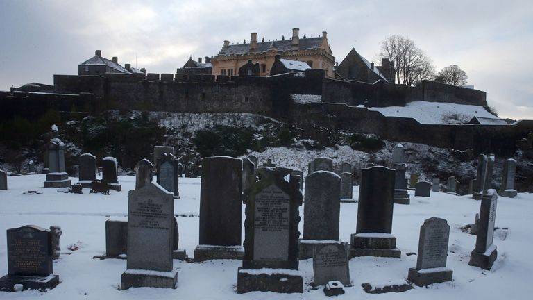 Stirling Castle from Ballengeich cemetery in Stirling