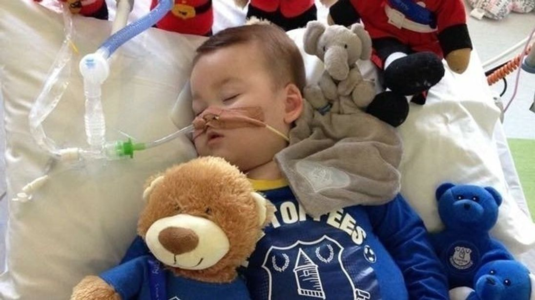 Sick Toddler Alfie Evans To Have Life Support Switched Off Judge Rules