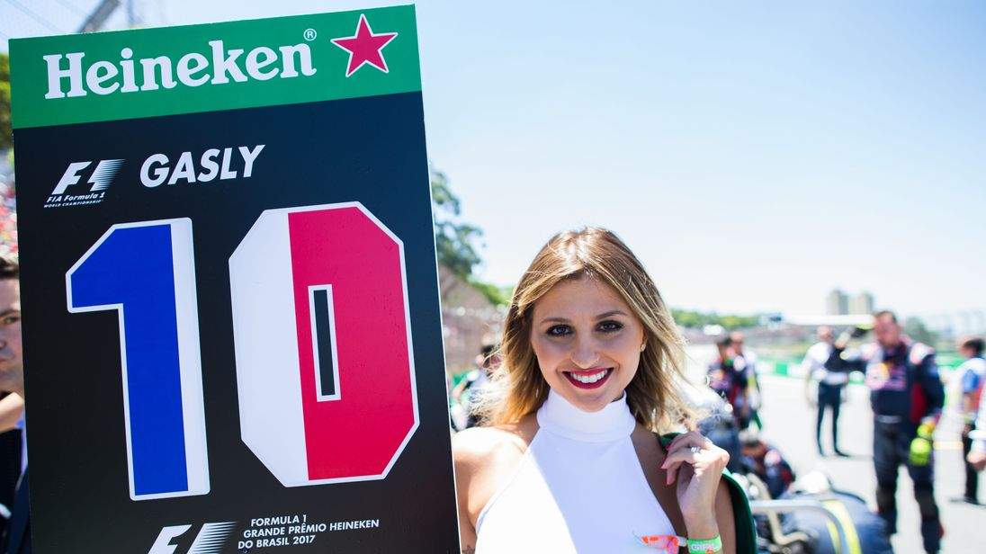 how to become an f1 grid girl
