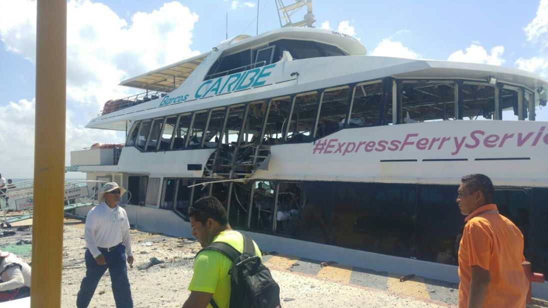 Ferry blast injures 18 passengers in Mexican Caribbean