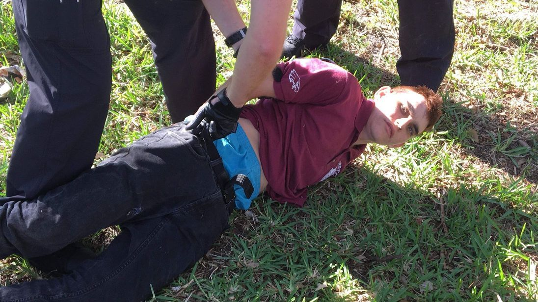 FBI admits mishandling tip about accused Florida gunman