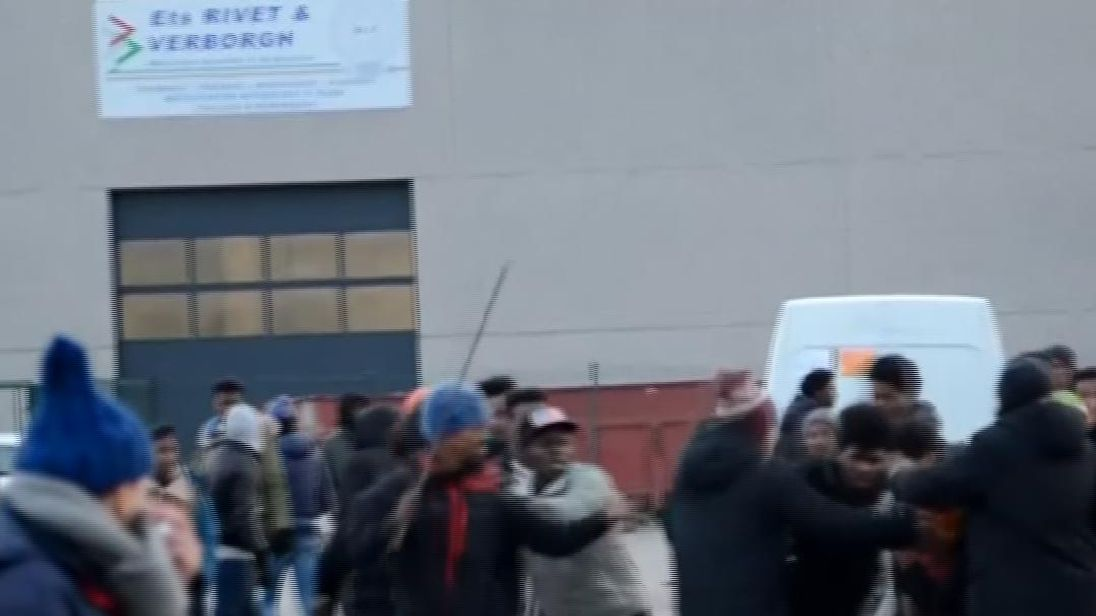 Riots between migrants in Calais. Pic: LE NORD LITTORAL