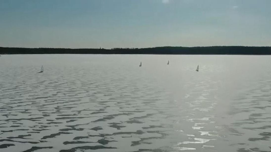 The ice-boating world championships kick off on Tuesday on the frozen Wielimie Lake, near the Polish city of Szczecinek.