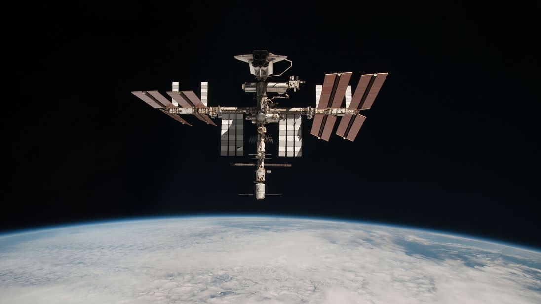 No one knows what to do with the International Space Station ...
